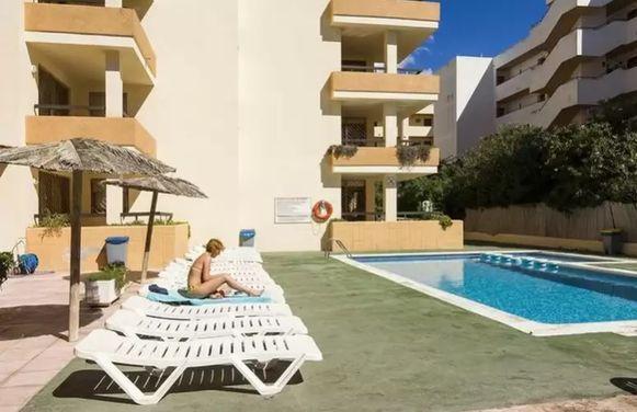 Het appartementencomplex Arlanza in het vakantieoord Playa d'en Bossa.