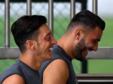 Au cœur d'une guerre de gangs, Mesut Özil et Sead Kolasinac vont retrouver les terrains