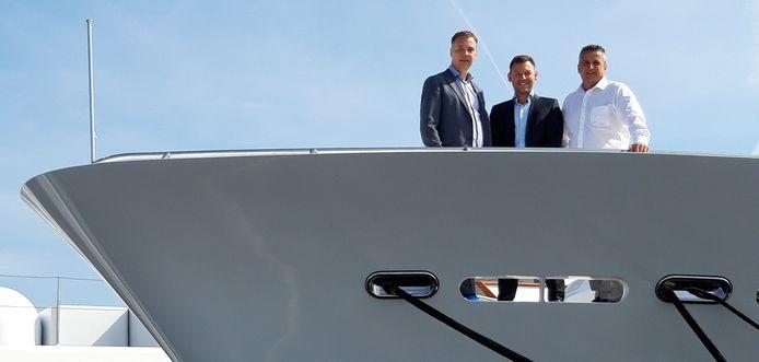 De nieuwe directie van Balk Shipyard op Urk met Ronald Frijling, Melvin van Campenhout en Daan Balk (vlnr)