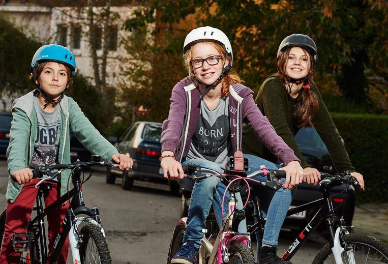 Kinderen op de fiets.