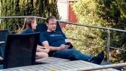 """Na het nagelbijten, Bart De Wever houdt deze eerste zondag na de verkiezingen vrij voor zijn gezin: """"Verjaardag van jongste dochter vieren"""""""