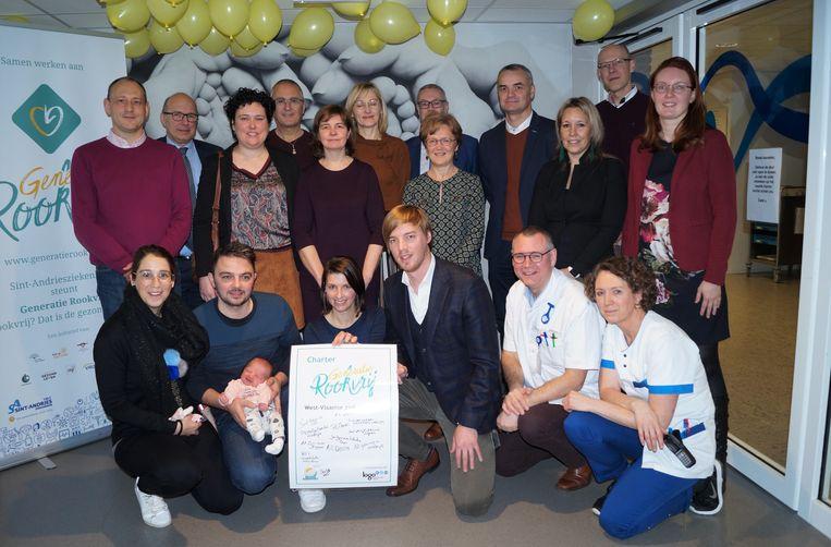 Acht West-Vlaamse ziekenhuizen ondertekenden het charter van 'Generatie Rookvrij'