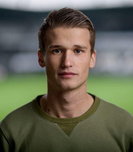 Universitair student Lucas Schoofs is na zenuwaandoening blij weer profvoetballer te zijn