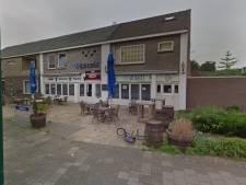Brand bij café Oud Nijnsel, mensen uit woning boven café elders opgevangen