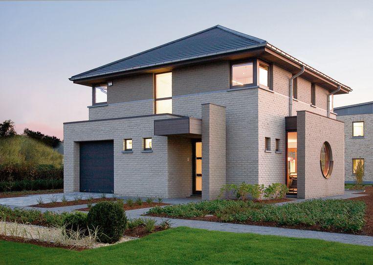 Nieuwe woningen moeten steeds energiezuiniger zijn. De EPB-verslaggever van adviseert je op vlak van hernieuwbare energie, isolatie en ventilatie.