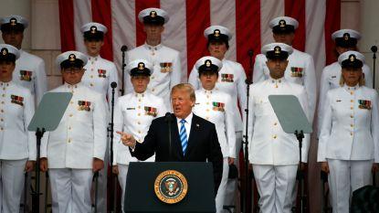 """Zelfverheerlijkende Trump tekent volgens critici voor """"grofste en meest ongepaste Memorial Day-boodschap ooit"""""""