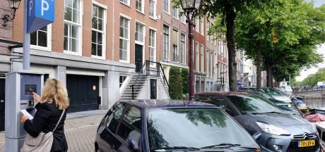 Amsterdam telt al 1141 parkeerplekken minder