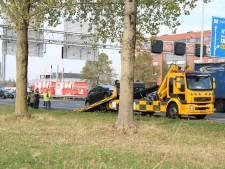 Botsing tussen auto en vrachtwagen op A12 bij Duiven zorgt voor oponthoud