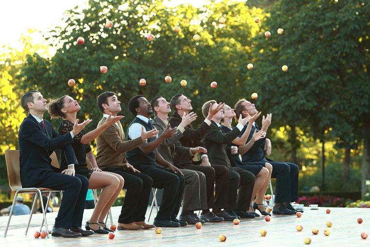 Voor de openingsvoorstelling morgen komt jongleergezelschap Gandini Juggling naar Ninove.