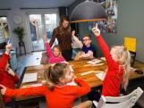 Premier Rutte legt uit waarom scholen niet eerder open kunnen