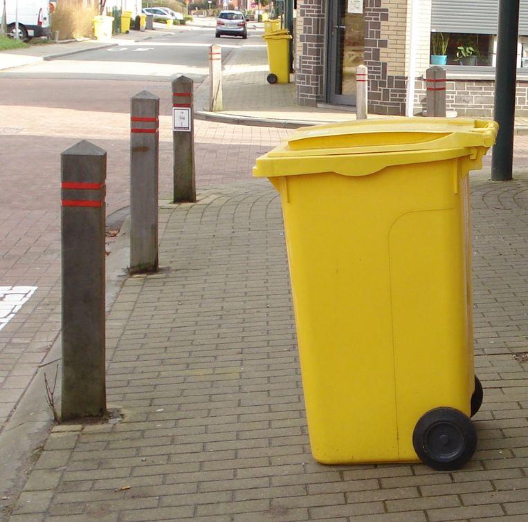 Gele container Bertem