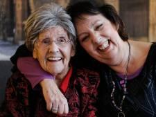 'Mutti' Ulrike (103) overleefde corona en deze kerst kwam haar grootste wens óók nog uit