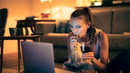 Waarom je maar beter geen tv kijkt terwijl je eet