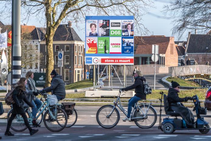 De koopzondag zet SP en ChristenUnie tegenover de andere zes partijen in Zwolle.
