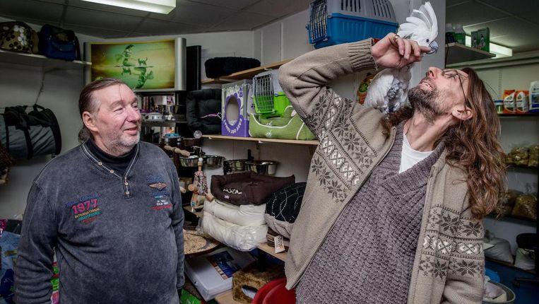 Dennis van dierenwinkel Ambulia, ster van de serie Schuldig. Beeld Jean-Pierre Jans