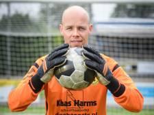 Tom Uitzetter hangt zijn handschoenen bijna aan de wilgen in Vroomshoop