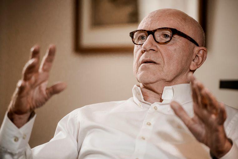 Paul Bekaert zal de verdediging van de afgezette Catalaanse minister-president Carles Puigdemont op zich nemen.