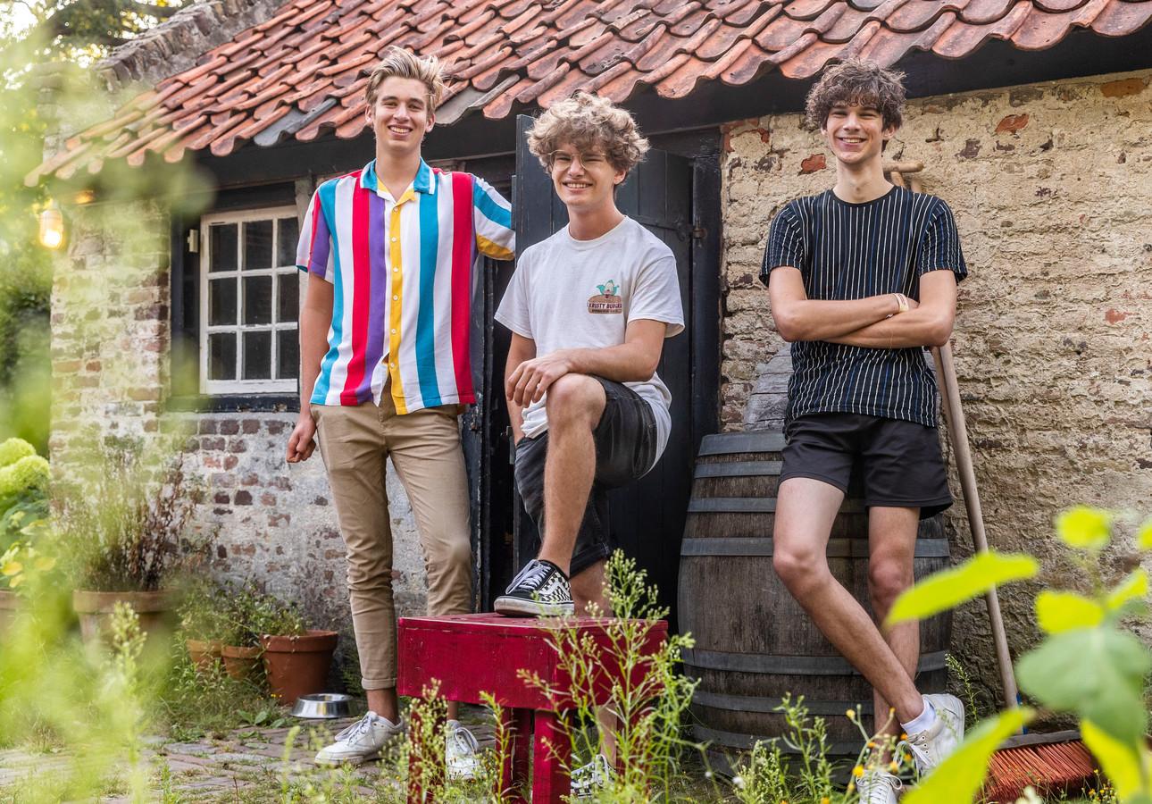 Wouter van der Avoird, Xippe Hendrikx en Stan van den Boogaart (vlnr) maken al vanaf de brugklas filmpjes samen.