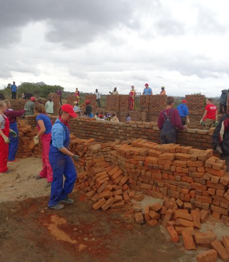 Oud-Beijerlandse zusjes bouwen kliniek in Andesgebergte