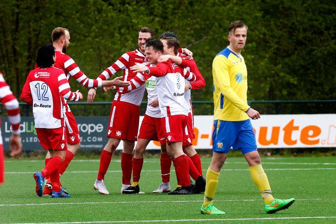 Na een moeizaam seizoen in de eerste klasse valt er weer wat te lachen bij FC De Bilt.
