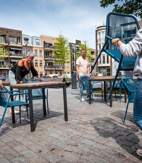 Eigenaar Maggie Blue: Raar dat terrastijden in Alphens stadshart verschillen