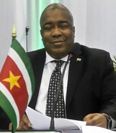 Voortvluchtige Surinaamse ex-minister Hoefdraad nam harde schijf mee