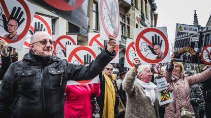 """250 Gentenaars protesteren tegen Watteeuw als mogelijke burgemeester: """"Hij creëert onverdraagzaamheid"""""""