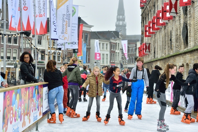 De Goudse ijsbaan stond voorop magazine Beleef Alphen.
