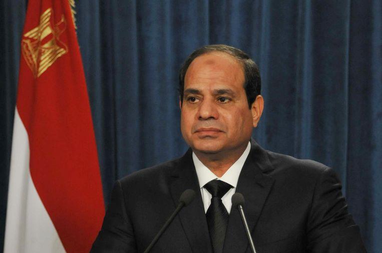 """President Abdel Fattah al-Sissi had zondagavond de Nationale Defensieraad in spoedzitting bijeengeroepen, en gezworen dat de """"moordenaars"""" op """"gepaste"""" manier zouden worden gestraft."""