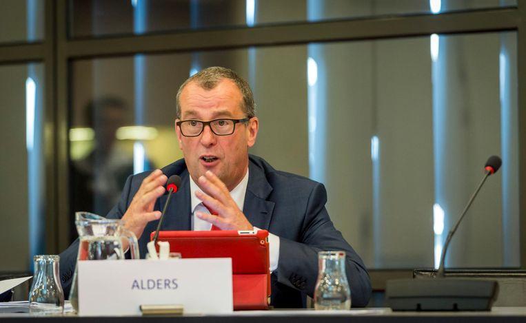 Hans Alders tijdens de hoorzitting over de uitbreiding in de Tweede Kamer. Beeld anp
