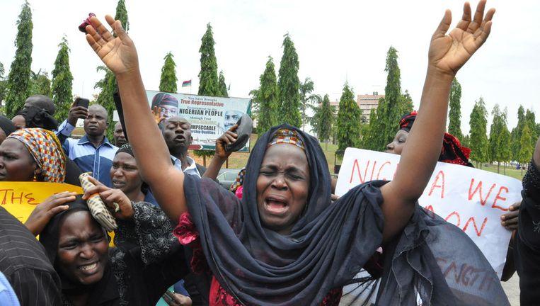 Moeders van de ontvoerde meisjes demonstreren in Abuja, Nigeria.
