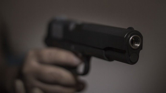 pistool stock geweer schieten