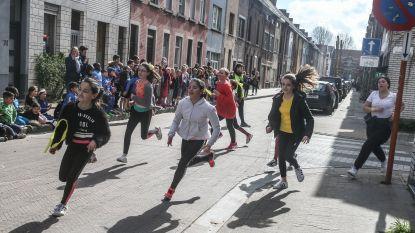 Lagere schoolkinderen uit Brugse Poort lopen samen 20 marathons