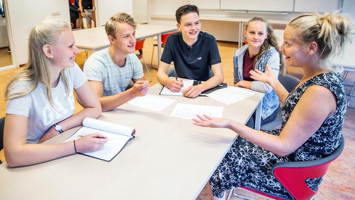 Op middelbare school De Breul beslissen leerlingen mede over welke leraar wordt aangenomen.