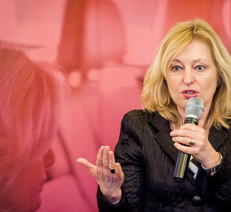 Minister Jet Bussemaker van Onderwijs, Cultuur en Wetenschap trapt Internationale Vrouwendag af met het Topontbijt, een jaarlijkse traditie waarbij vrouwen in topfuncties op Vrouwendag met elkaar in gesprek gaan. Beeld anp