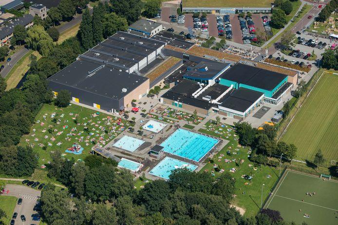 In de afgelopen jaren is al veel veranderd rond sportcomplex De Sypel. Nu is het binnenbad - de gebouwen in het midden - aan de beurt.