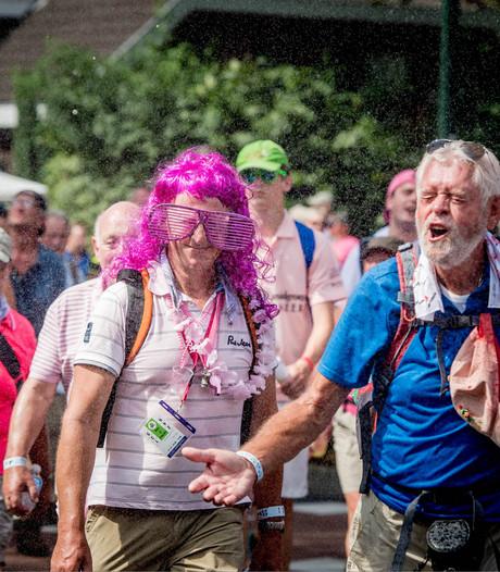 Vierdaagsewandelaar vindt zoon van 'Bronswijk'