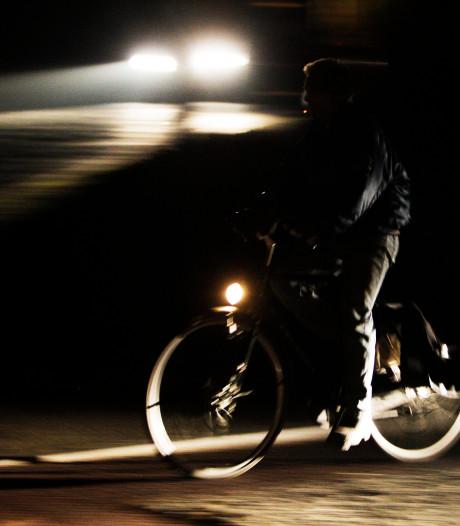 Voetbalclub GJS blij met fietsende jeugd, maar bezorgd over het rijden zonder licht