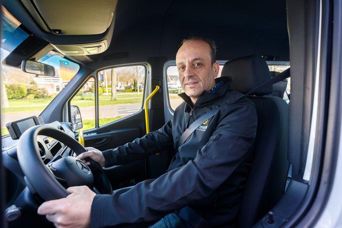Maher Tabanja (47) uit Vollenhove heeft na vier jaar in Nederland eindelijk een passende baan gevonden.