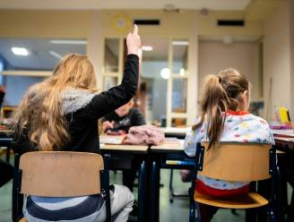 """Steeds meer leerlingen beginnen aan secundair onderwijs zonder getuigschrift basisonderwijs: """"We moeten zorgen voor méér ondersteuning in de klas"""""""