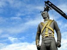 Wereldberoemd standbeeld Michael Jackson in Best mogelijk tóch weg, McDonald's overweegt stappen