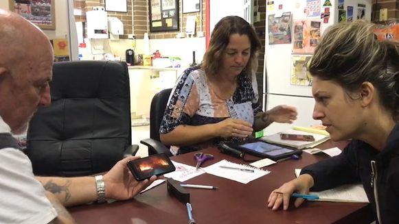 Onze reporter Inge Bosschaerts op bezoek bij de helden van Australië.