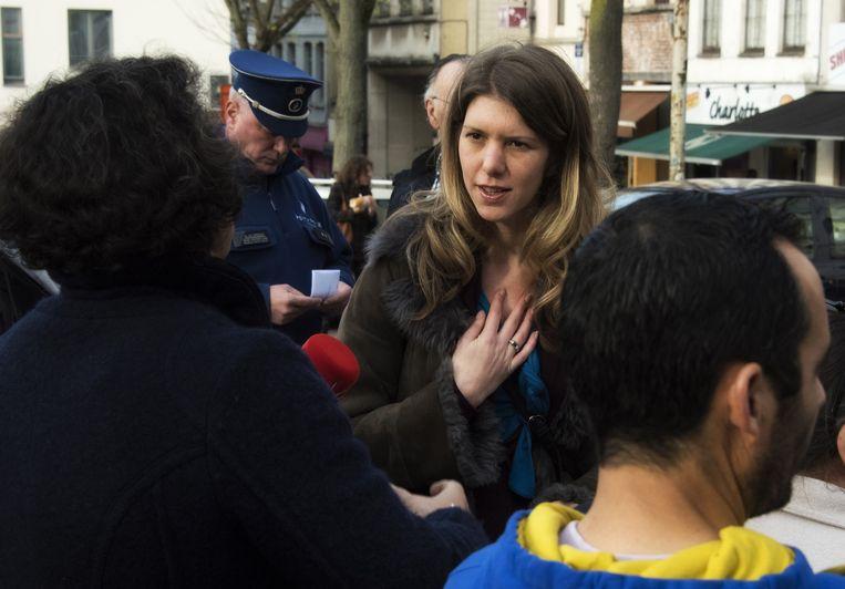 parking onder Vossenplein: Els Ampe in discussie met marktkramers TEKST Amaury