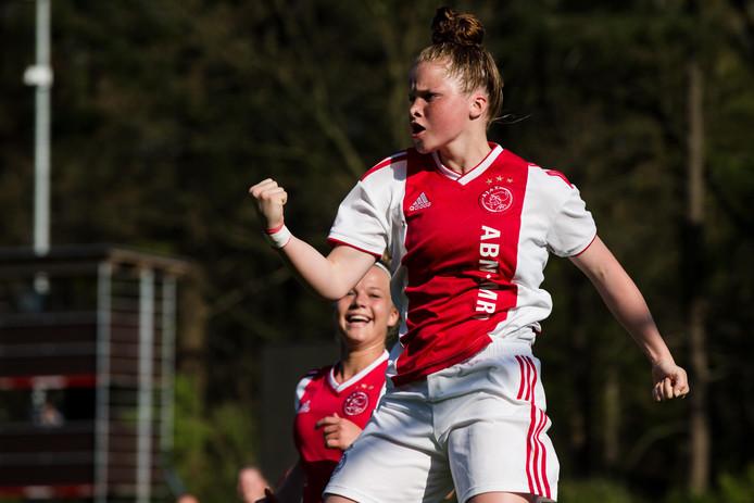 Nikita Tromp zet bij PEC Zwolle komend seizoen de stap naar de eredivisie.