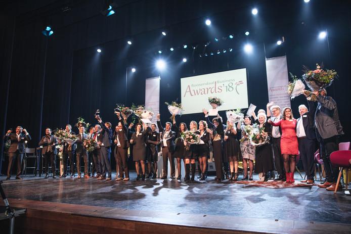 Winaars van vorig jaar op het podium in De Kring