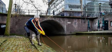 Anne (43) gaat het liefst magneetvissen op de Oudegracht: 'Hier is elke worp raak'