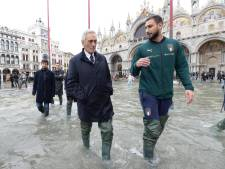Italiaanse ploeg steunt overstroomd Venetië