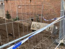 Arbeider raakt met hand vast onder betonblok van 1,3 ton: brandweer heeft bijna 2 uur nodig om hem te bevrijden