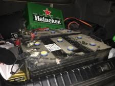 Politie houdt in Wezep mannen met gestolen accu's aan