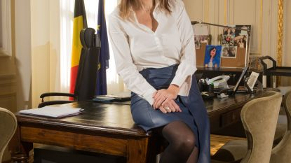 64. Sophie Wilmès: Een première